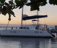 Cat Lagoon 440 available for charter in Isla del Sol