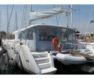 Katamaran Lagoon 450 chartern in Marina di Portorosa