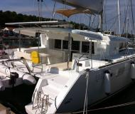 Catamaran Lagoon 450 for charter in Jezera