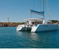 Catamaran Lagoon 450 available for charter in Marina Red Hook