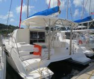 Catamaran Leopard 38 for hire in Manuel Reef Marina