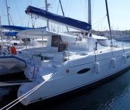 Katamaran Lipari 41 chartern in Marina Veruda