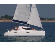 Kat Mahe 36 Evolution chartern in English Harbour Town