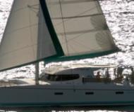 Katamaran Nautitech 40 in Netsel Marmaris Marina chartern