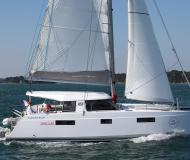 Cat Nautitech 40 for rent in Betina