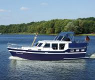 Houseboat Ankertrawler 1100 AK available for charter in Zehdenick