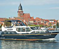 Hausboot Hollandia 35 Classic Yachtcharter in Marina Bootscenter Keser