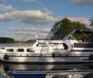 Houseboat Molenkruiser 1200 for charter in Marina Wesenberg