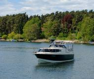Houseboat Navigator 999 available for charter in Marina Eldenburg
