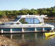Houseboat Nicols 1010 available for charter in Marina Saverne