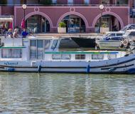 Houseboat Penichette 1106 for rent in Marina Lutzelbourg