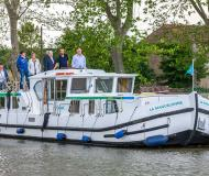 Houseboat Penichette 1500 FB available for charter in Saint Leger sur Dheune