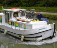 Houseboat Penichette 935 for hire in Briare