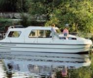 Riviera 920 Houseboat for rent Brienon sur Armancon (France)