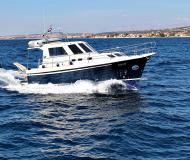 Motor boat Adria 1002 Vektor available for charter in Marina Dalmacija
