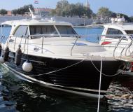 Motoryacht Adriana 36 Yachtcharter in Zadar
