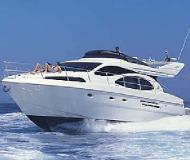 Motor yacht Azimut 46 for rent in Alimos Marina Kalamaki