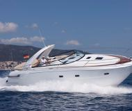 Motor yacht Bavaria 38 Sport available for charter in Marina Formentera