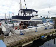 Motoryacht Bayliner 3288 chartern in Nanaimo