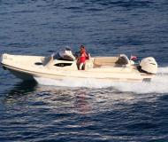 Motor yacht e-motion 32 for hire in Primosten