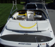 Four Winns 200 SS Motorboot Charter Kanada