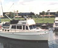 Yacht Grand Banks 42 Classic available for charter in Marinatown Yacht Harbour