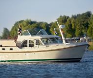 Motoryacht Grand Sturdy 29.9 AC Yachtcharter in Citymarina Stralsund