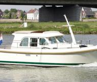 Yacht Grand Sturdy 29.9 Sedan available for charter in Fuerstenberg