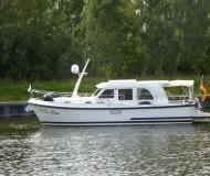 Motor yacht Grand Sturdy 29.9 Sedan available for charter in Marina Zehdenick