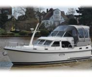 Motor boat Grand Sturdy 30.9 AC for rent in De Spaenjerd Marina