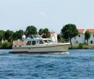 Motoryacht Grand Sturdy 34.9 AC Yachtcharter in De Spaenjerd Marina