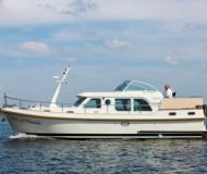 Grand Sturdy 34.9 AC Motoryacht Charter Buchholz