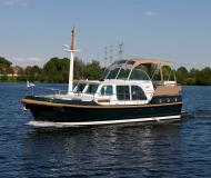 Motor boat Grand Sturdy 36.9 AC for hire in Marina Zehdenick