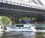 Yacht Gruno 35 Compact Sport for rent in Berlin City