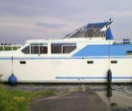 Motoryacht Hemmes 42 chartern in Dronryp Marina