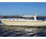Motor yacht Luna 44 for rent in Stralsund