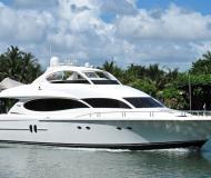 Yacht Lazzara 80 Yachtcharter in Miami