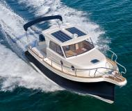 Motor yacht Leidi 660 for hire in Marina Veruda