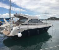 Motorboot Mirakul 30 chartern in Marina Hramina