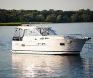 Yacht Nautika 1000 chartern in Wilkasy Marina