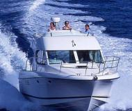 Motor boat Prestige 32 available for charter in Lefkas Marina