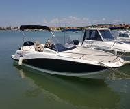 Motorboot Quicksilver 605 Yachtcharter in Pomer