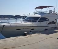Motor yacht Rodman 41 available for charter in Marina Punat