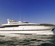 Motor yacht SL 100 available for charter in La Spezia