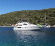 Motor yacht Squadron 59 for hire in Stobrec Port