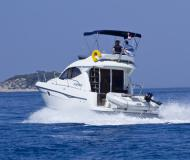Motor boat Starfisher 34 available for charter in Primosten