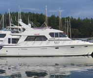 Motor boat Symbol 54 available for charter in Cap Sante Boat Haven
