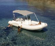 Motor yacht Tempest 626 for rent in Marina de Lagos