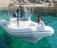 Motor boat Tempest 650 available for charter in Port Saint Cyprien