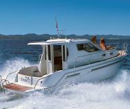 Motorboot Vektor 950 Yachtcharter in Marina Sangulin